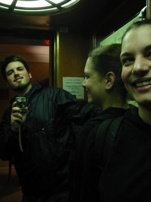 The_tiniest_elevator_ever_hotel_minerva