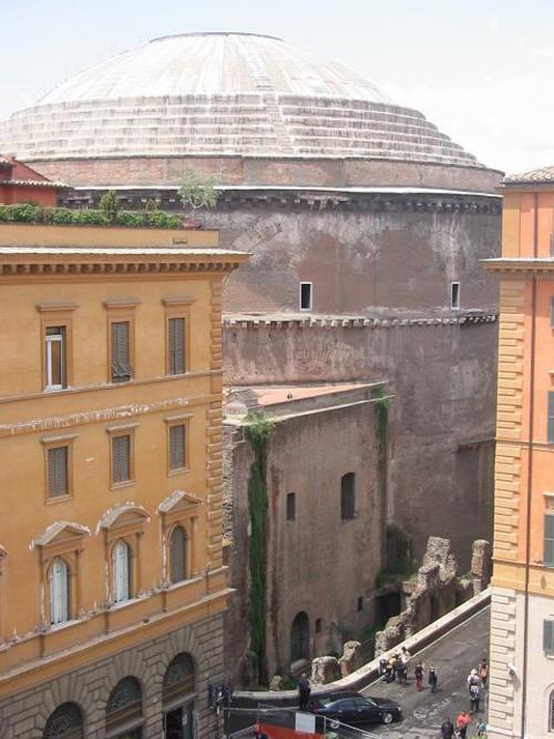 View_of_the_pantheon_from_our_hotel_room